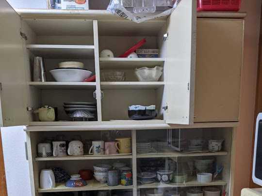 兵庫県伊丹市で食器棚・粗大ゴミの処分のご依頼